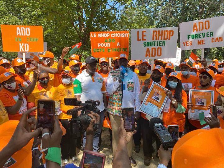 """USA : plus de 3500 Ivoiriens disent """"Oui"""" à la candidature de Ouattara"""