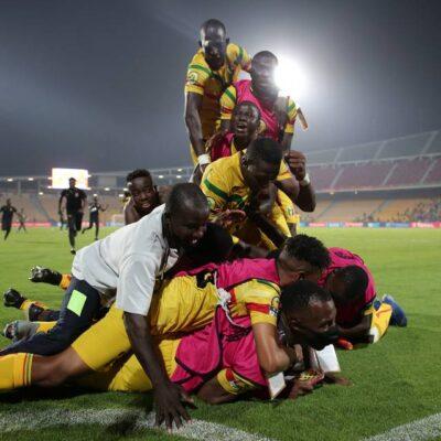 CHAN 2020 : Le Mali surprend la Guinée et file en finale